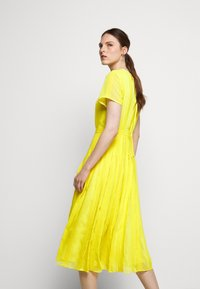 J.CREW - JUDY DRESS - Vapaa-ajan mekko - bright kiwi - 7