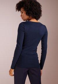 J.CREW - SLIM PERFECT  - Bluzka z długim rękawem - navy - 2