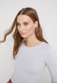 J.CREW - SLIM PERFECT  - Long sleeved top - heather light blue - 5