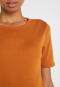 J.CREW - CREWNECK ELBOW SLEEVE - T-shirt basique - adobe - 5