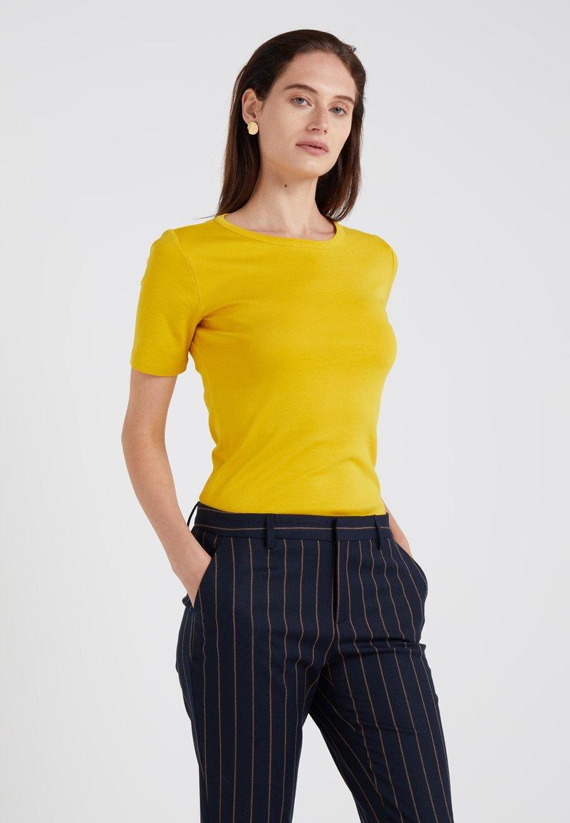 J.CREW - SLIM PEFECT ELBOW SLEEVE TEE - T-Shirt basic - rich gold