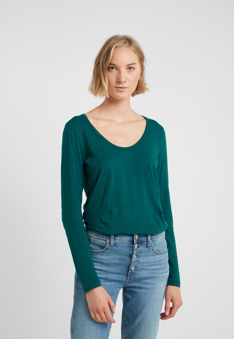 J.CREW - WHISPER SCOOP NECK - Longsleeve - academic green