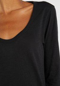 J.CREW - WHISPER SCOOP NECK - T-shirt à manches longues - black - 5