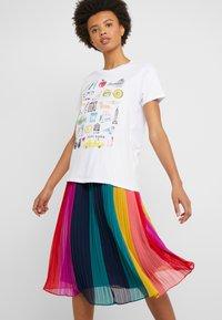 J.CREW - DESTINATION TEE - Print T-shirt - white - 3