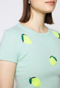 J.CREW - LEMON TEE - Print T-shirt - seaside aqua/citrus - 4