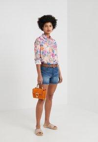 J.CREW - CLASSIC POPOVERT LIBERTY PAVILION - Button-down blouse - pink/multi - 1