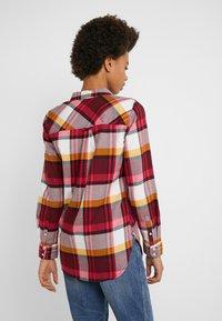 J.CREW - BOY PACEY PLAID - Button-down blouse - burgundy rose - 2