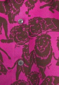 J.CREW - MAD TWILL LIONS - Button-down blouse - fuchsia brown - 2