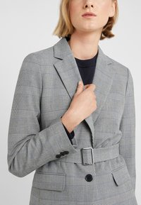 J.CREW - HARRIET BELTED - Blazer - black/blue/ivory - 3