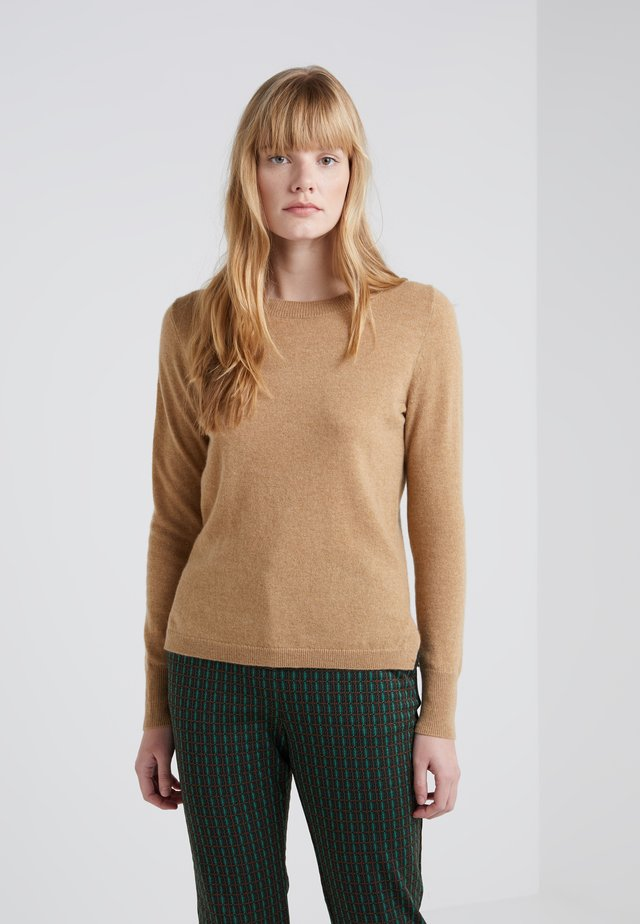 LAYLA CREW - Stickad tröja - heather camel