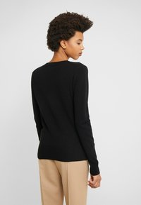 J.CREW - CASH FITTED V NECK - Trui - black - 2