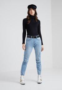 J.CREW - PERFECT FIT TURTLENECK - T-shirt à manches longues - black - 1