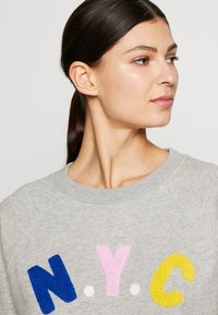 J.CREW - NYC CHENILLE EMBROIDERED - Sweatshirt - grey - 3