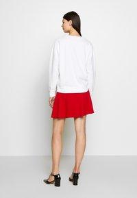J.CREW - HEART CHENILLE EMBROIDERED - Sweatshirt - white - 2