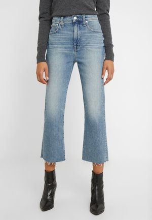 POINT SUR KICKOUT CROP  - Flared jeans - faded blue wash