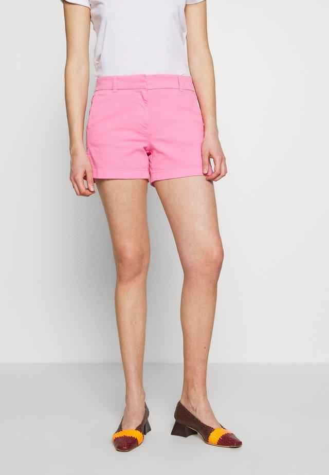 Shorts - larkspur pink