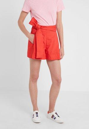 Shorts - bright cerise