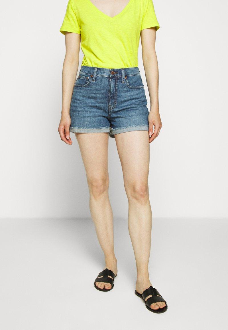 J.CREW - HIGH RISE - Denim shorts - medium faded indigo