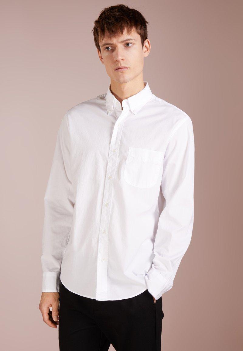 J.CREW - SECRET WASH SOLID SLIM FIT - Skjorter - white