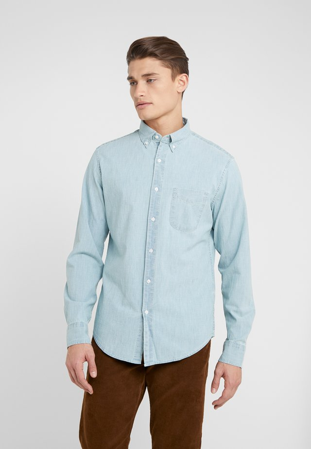 Shirt - core chambray
