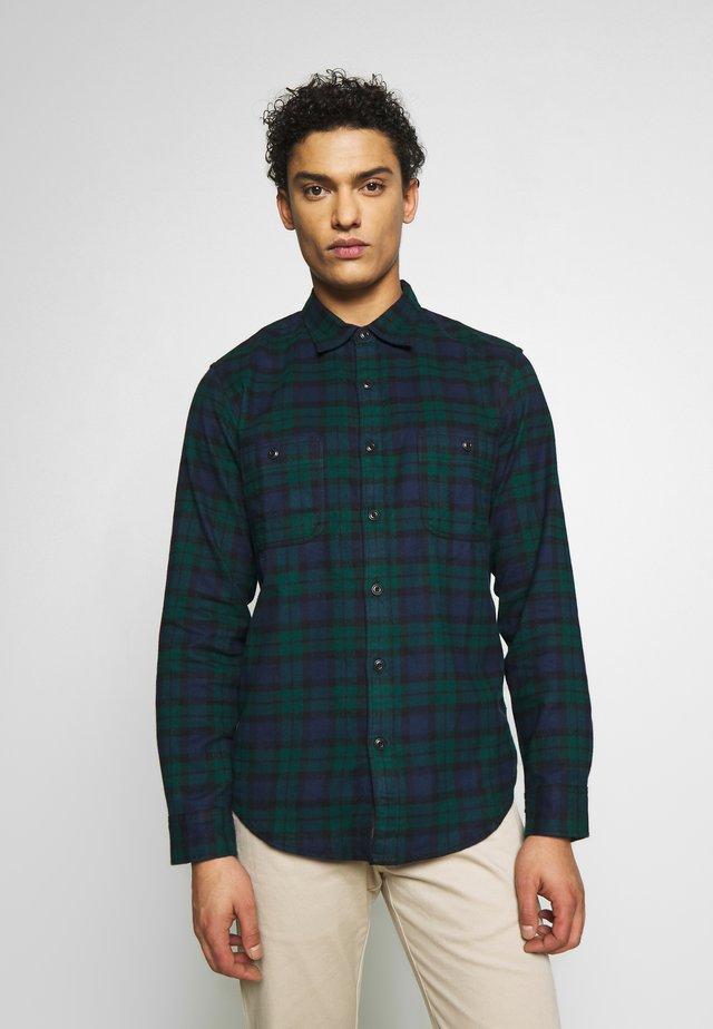 WORK SHIRT - Overhemd - kansas green/black