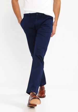 MENS PANTS - Chinosy - navy