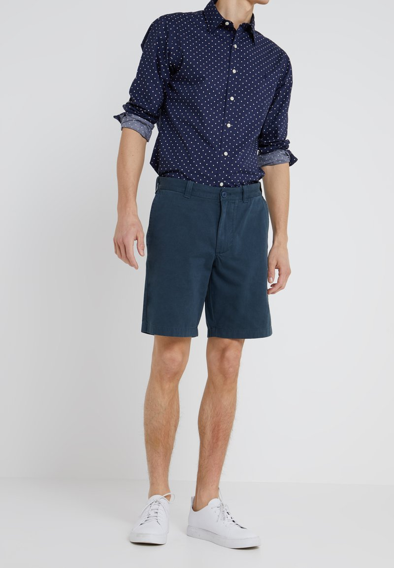 J.CREW - GARMENT DYE - Shorts - cove blue