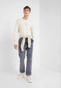 J.CREW - SLUB HENLEY - Långärmad tröja - white - 1