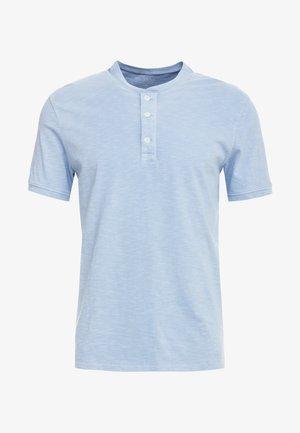 GARMENT DYE  - Basic T-shirt - glacier blue