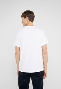 J.CREW - BROKEN IN CREW - T-shirt basic - white - 2
