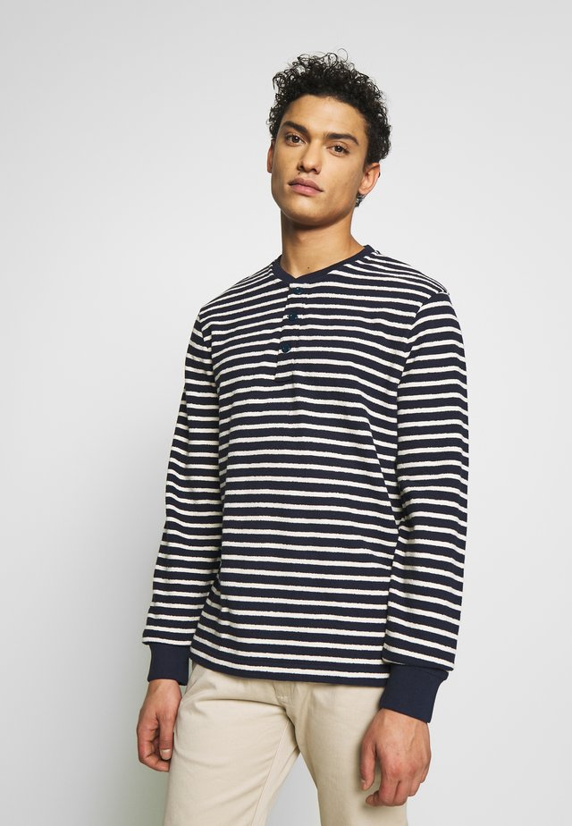 TEXTURED IN STRIPE - Sweter - navy