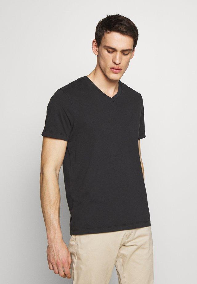 BROKEN - T-shirt basique - black