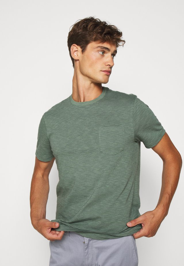 SLUB BARTLETT STRIPE TEE - T-Shirt print - baywood green