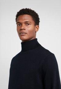 J.CREW - XINAO  - Stickad tröja - black - 4