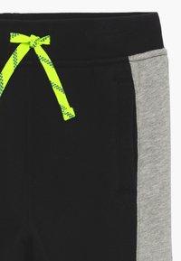 J.CREW - SIDE LIGHTNING BOLT - Teplákové kalhoty - black - 3