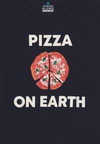 J.CREW - PIZZA ON EARTH - T-shirt à manches longues - dark blue - 3