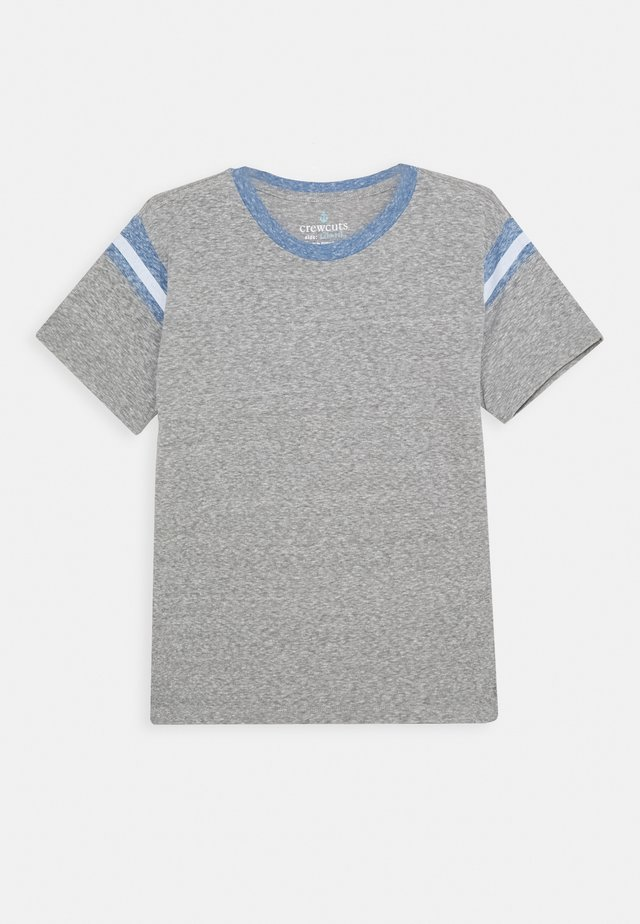 FOOTBALL TEE - T-shirts - heather grey