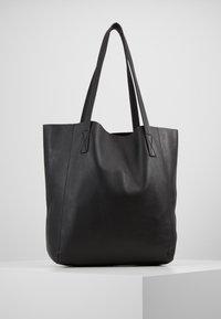 J.CREW - UNLINED NORTH SOUTH TOTE - Handbag - black - 2