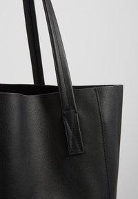 J.CREW - UNLINED NORTH SOUTH TOTE - Handbag - black - 6