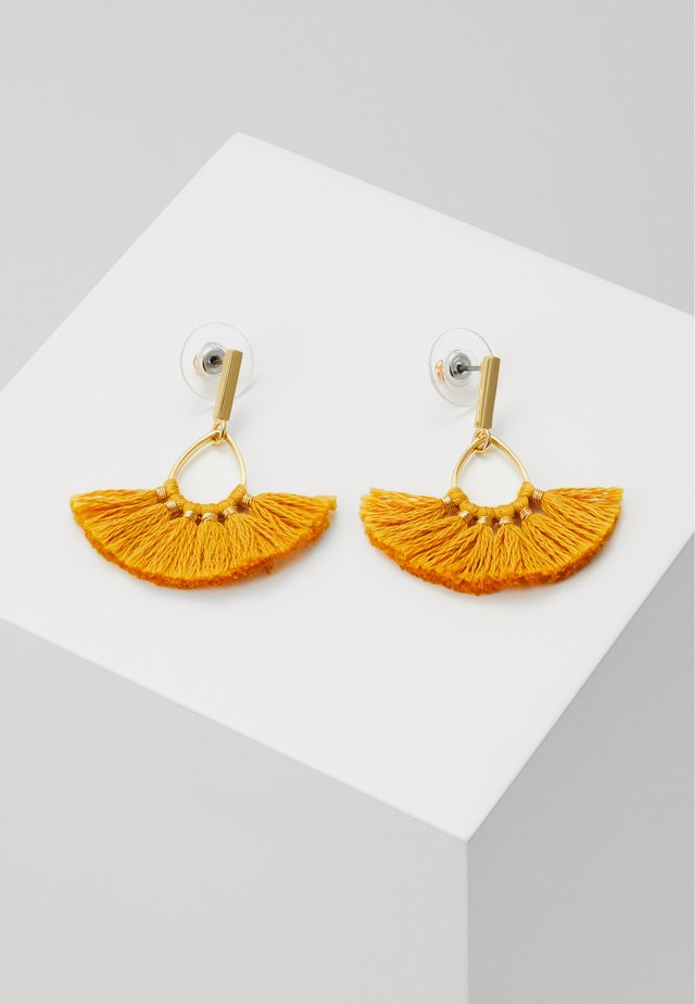 SWEEPY TASSEL EARRINGS - Örhänge - rich saffron