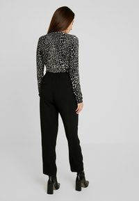 J.CREW PETITE - HIGH RISE EASY PANT - Bukse - black - 2