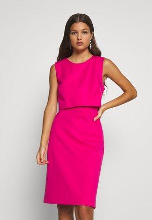 SPRING SHOWERS DRESS BISTRETCH  - Shift dress - soft fuchsia