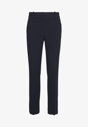 CAMERON PANT IN STRETCH - Pantalon classique - navy