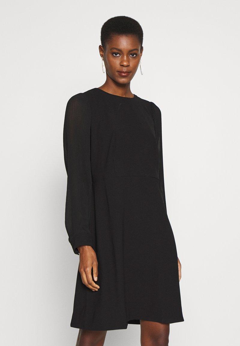 J.CREW TALL - FOGGIA DRESS - Vapaa-ajan mekko - black