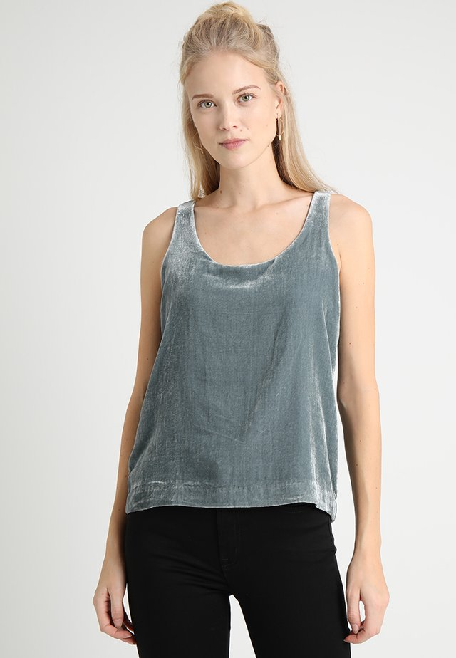 RIFT TANK DRAPEY - Blouse - gentle sea