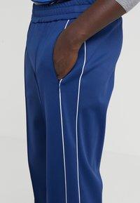 Joseph - TRACKPANT TECHNICAL - Spodnie treningowe - royal blue - 4
