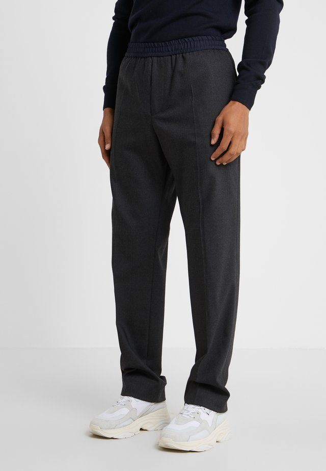 EUGENE STRETCH TROUSERS - Tygbyxor - charcoal