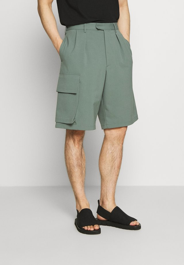WORRAL TECHNO STRETCH - Shorts - sage