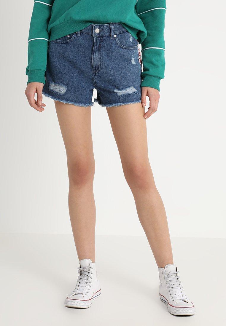 Jennyfer - SHAROND - Shorts di jeans - denim blue