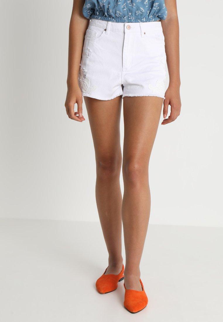 Jennyfer - Shorts - white